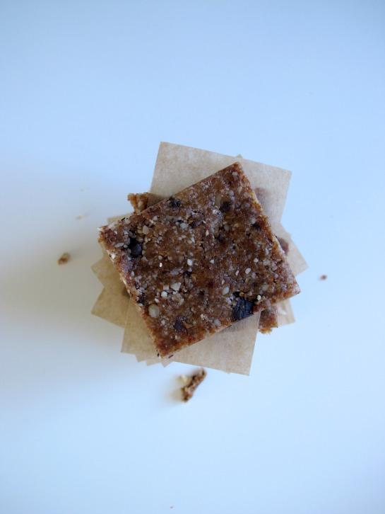 Health No Bake Chocolate Chip Cookie Bars